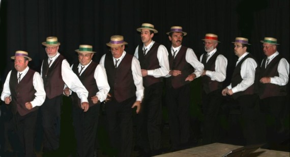 Feringer Vocalisten beim Herbstkonzert in der Schulaula am 24.10.2008