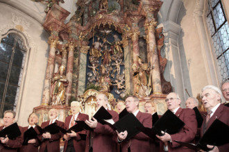 Fantastische Akustik: Für den Männergesangverein gilt der Unterföhringer Advent als einer der Höhepunkte des Jahres.  F.:  Mic