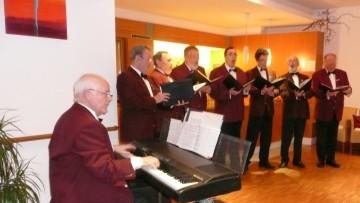 Die Feringer Vocalisten haben sich in die Herzen der Senioren gesungen